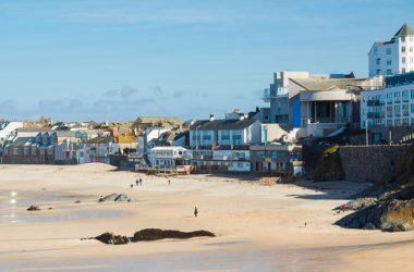 Porthmeor_Beach_1920x663